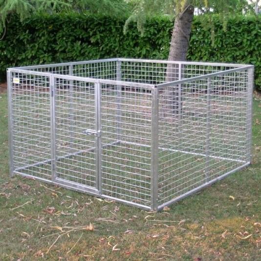 Cancello e pannello basso per cani for Box cani prefabbricati prezzi