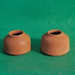 Ciotole in terracotta per colombi