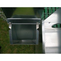 Feeder on Rabbit Hutch for 3 Breed + 12 Fatten