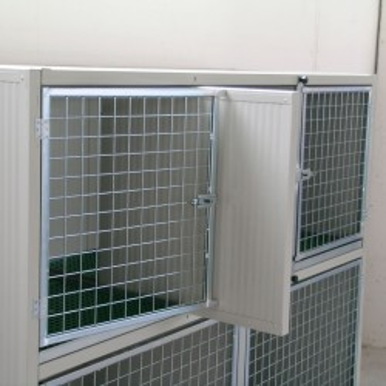divisorio estraibile su Gabbie Degenza - Box Esposizione per cani e gatti