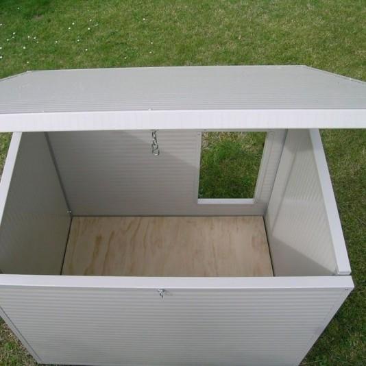 Box per cani mod. Eco + cuccia Dobermann