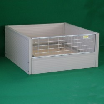Isolierte Wurfkiste (Bodenplatte aus Holz)