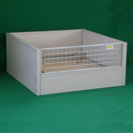 Whelping Box in insulated panels for dogs (wooden bench)
