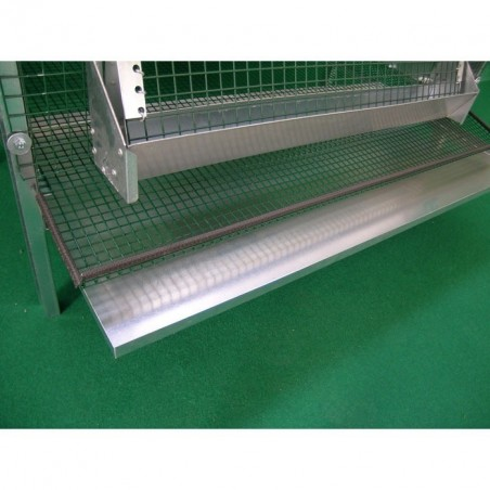 removable drip tray on Cage for laying quail