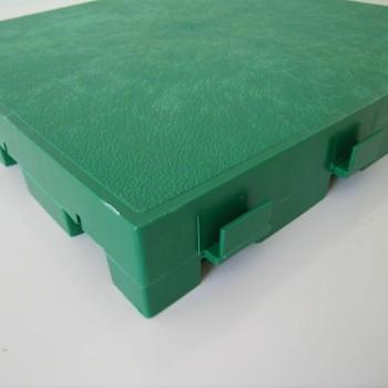 Mattonella in plastica da esterno