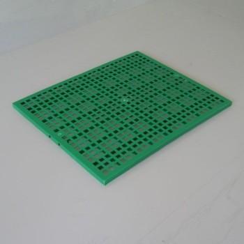 Bodenplatte aus Plastikgitter