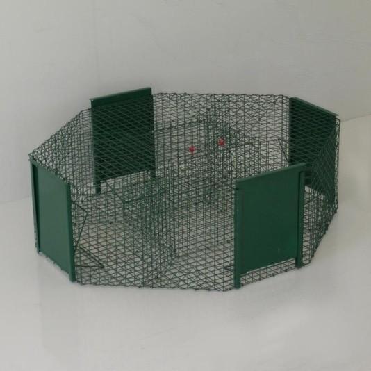 Falle für Rabenvögel mit 4 Eingängen