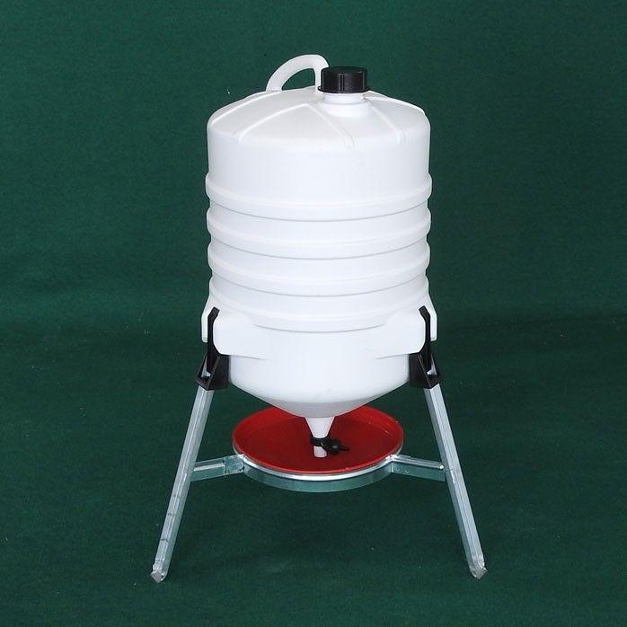 Drinker tank with legs 30 l