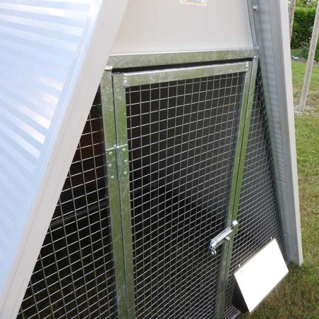 Insulated ground chicken coop door